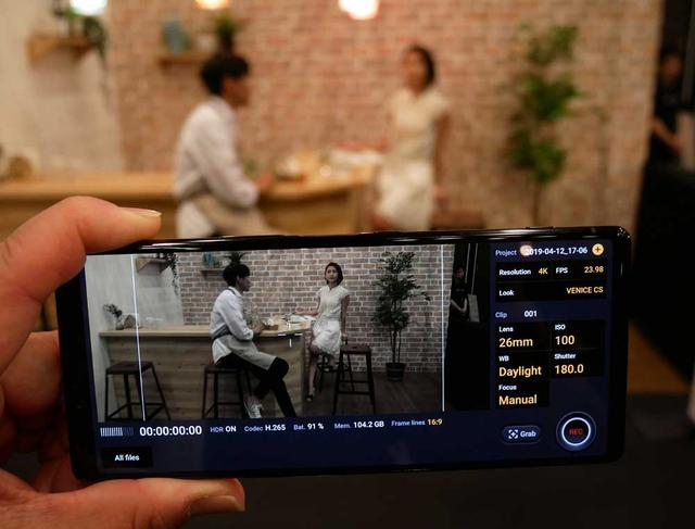画像: ソニーのデジタルシネマ部門シネアルタと協業を行ない、シネアルタカメラ(VENICE)と同じルックを再現できる「Cinema Pro」モードも搭載。4K/24p・HDRの撮影が可能