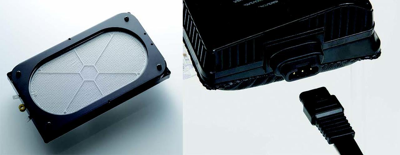 画像: SR-L700 MK2の固定電極には、上位機種と共通のMLERを採用する(左)。右はリケーブル用コネクター