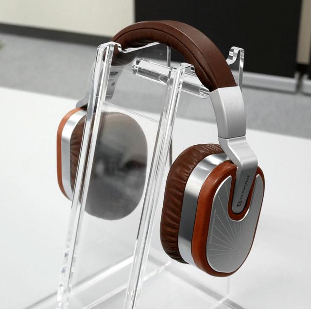 画像: ULTRASONE、ハイエンドヘッドホン「Edition 15 Veritas」&イヤホン「SAPHIRE」を4月に発売。価格は399,980円! - Stereo Sound ONLINE