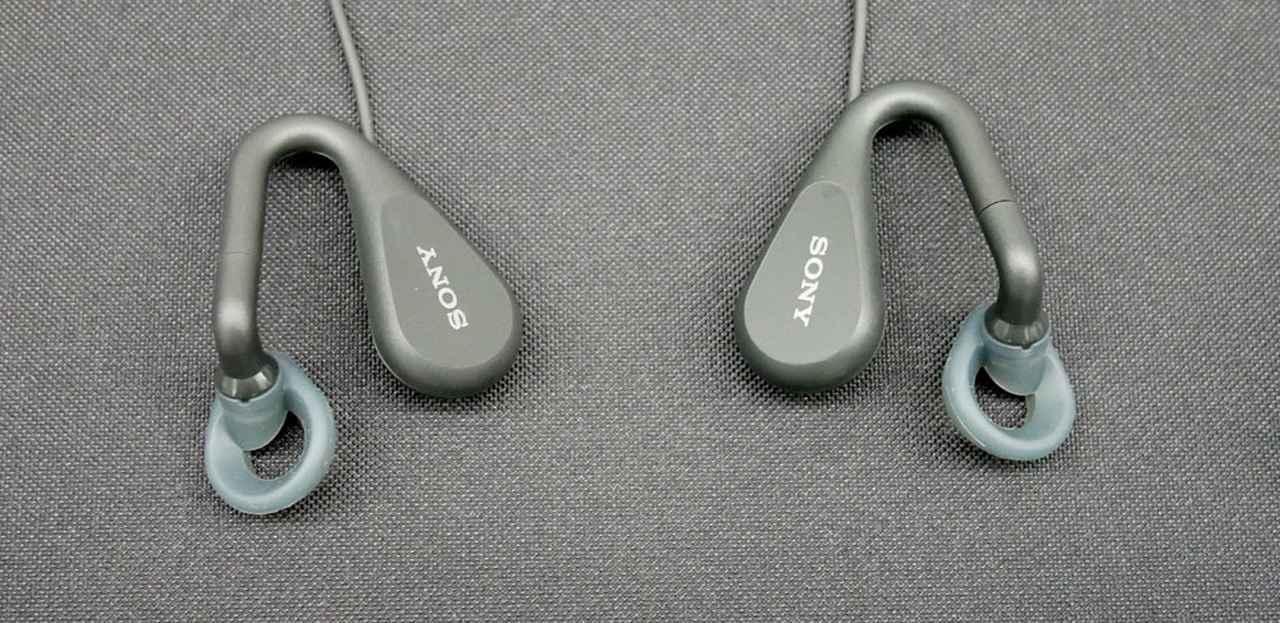画像: ハウジング部分は現行「STH40D」と同等ながら、低音の量感を増すチューニングが行なわれているという