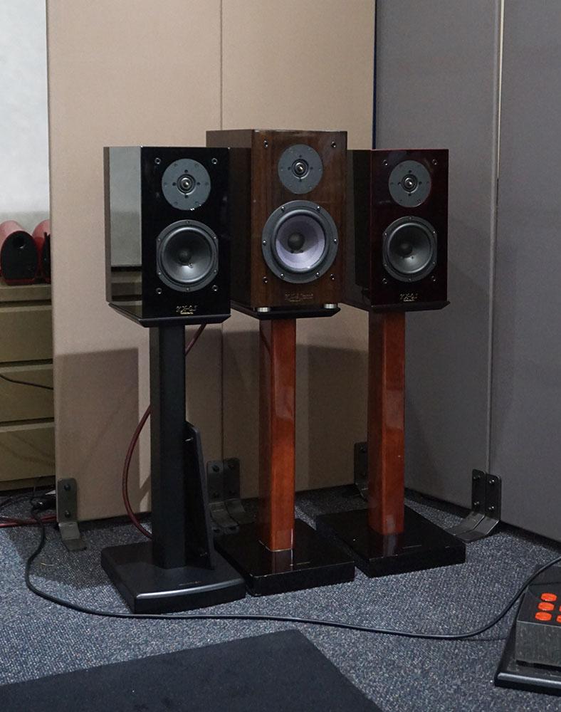 画像: 左は「KX-0,5UR」で中央は「KX-3Spirit」、右が新製品「KX-0.5P」