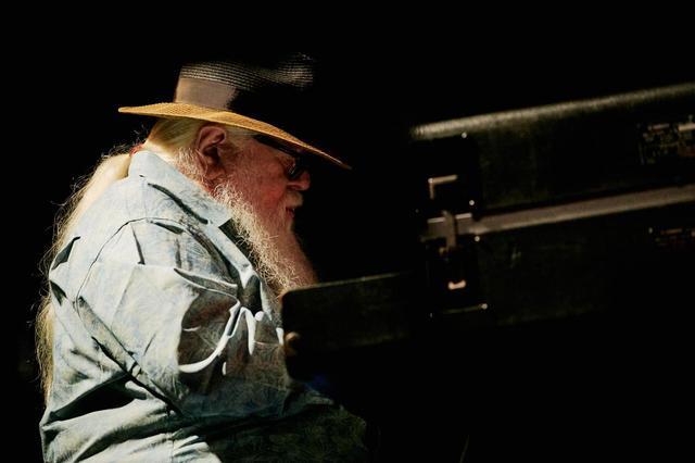 画像: 2018年に続いて来日したブラジルの巨匠、エルメート・パスコアール。なんと83歳! 単独公演のレビューはHiVi7月号(6月17日発売)に掲載予定 ©FUJI&SUN'19