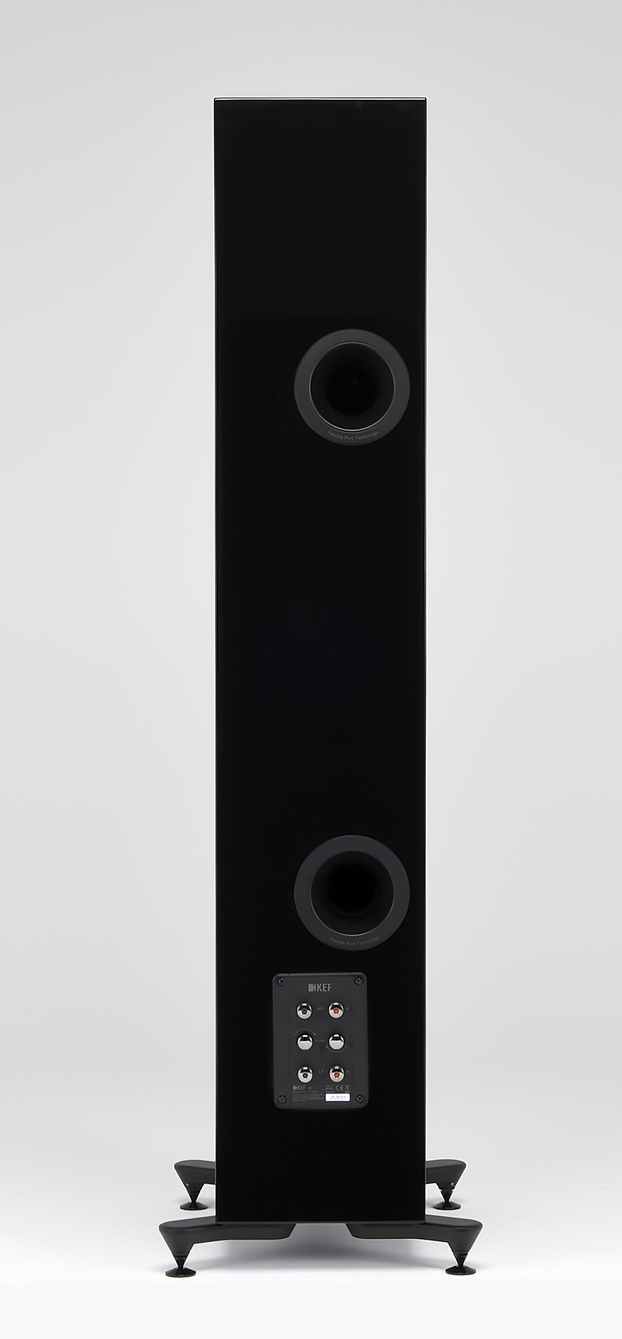 画像: ←スピーカー端子は、今回紹介の5モデルすべてバイワイヤリング対応になっている。上下端子の間についているレバーを左右に回すことで、シングル接続かバイワイヤリング接続を選べる仕組みだ