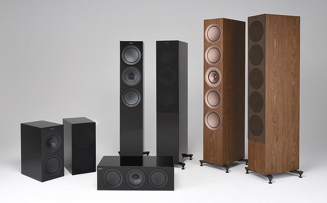 画像: SPEAKER SYSTEM KEF New R Series PHOTO(左より):R3 / R2c(中央手前) /R7(中央奥) /R11