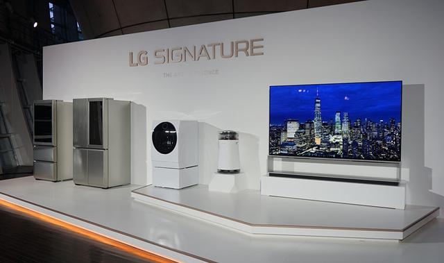 画像: LG SIGNATUREの製品たち。左からワインセラー、冷蔵庫、洗濯機、加湿空気清浄機、8K有機ELテレビ