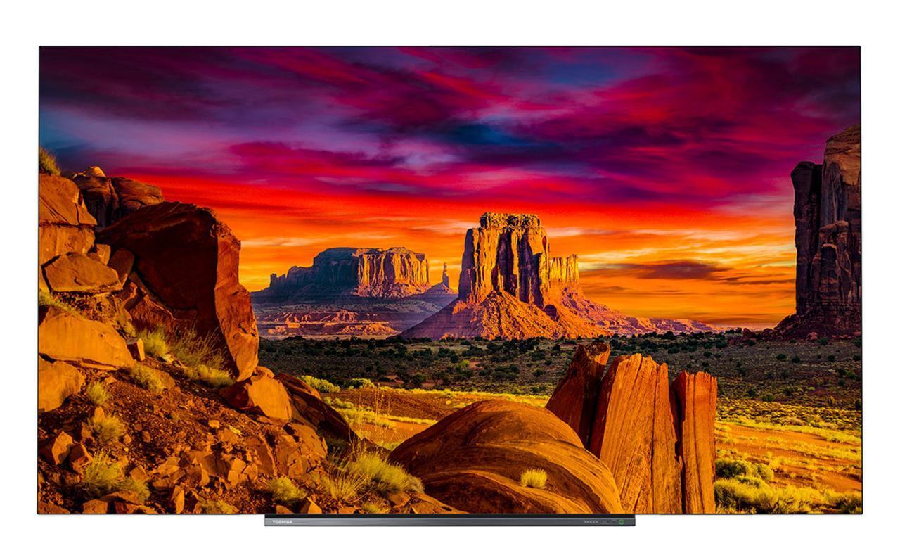 画像: 2019年東芝レグザの最高峰、有機ELテレビシリーズはX930とX830の2ラインでそれぞれ65型と55型の展開となる。主な違いは、X930にはタイムシフトマシン機能の搭載、HDMI端子7系統/同軸デジタル音声端子の装備、サウンドシステムやスタンドの違いで、4Kダブルチューナーの搭載や画質に関わる部分は同じ。より選択の幅が広がったと考えてよい
