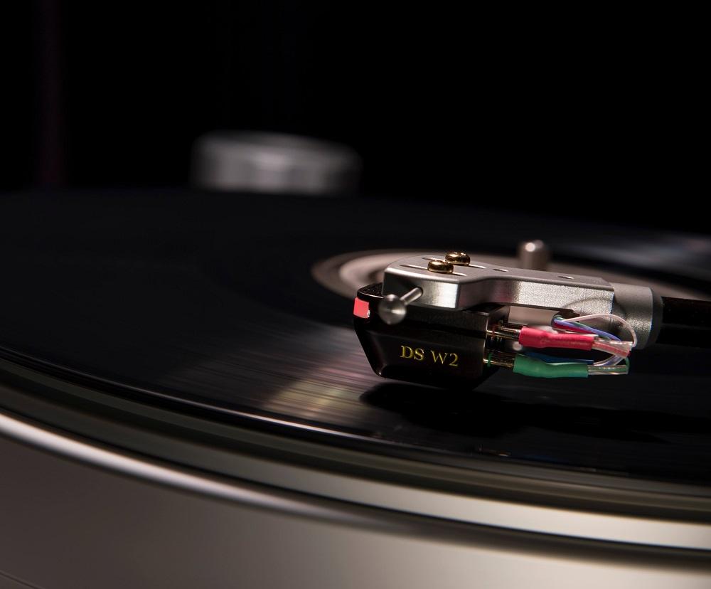 画像: 光カートリッジ:DS-Audio DS-W2