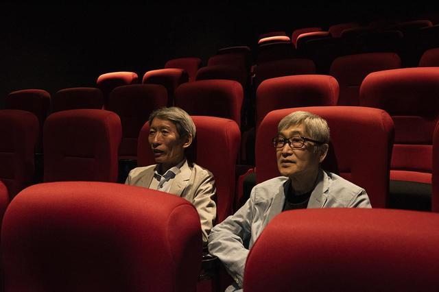 画像: 当日は「シアター1」で上映中だった『ホワイト・クロウ』をおふたりにご覧いただいた