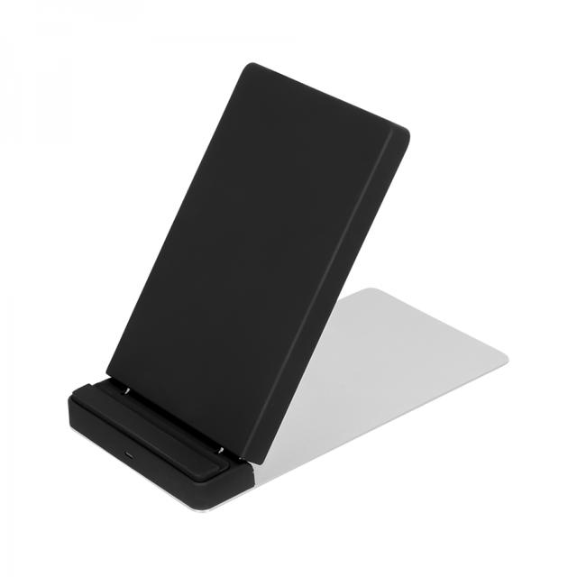 画像: Quick Charge 2.0対応 最大10Wで急速充電 卓上スタンド型 Qi ワイヤレス充電器スタンド OWL-QI10W04シリーズ | 株式会社オウルテック