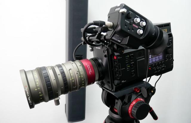 画像: ▲シャープ製8Kカメラ(同上)