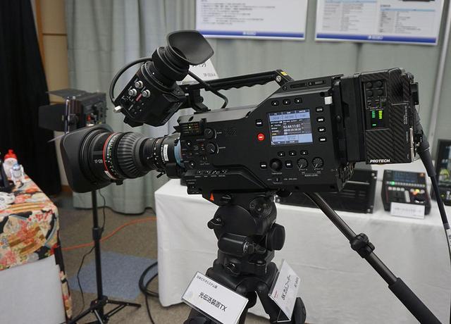 画像: 『beautiful』の撮影には、シャープとアストロデザインが共同開発した8Kカメラ、8C-B60Aが使われた