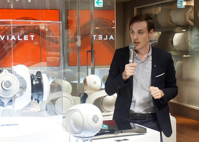 画像: Devialet Japan 事業開発マネージャーのルカ・フェネック氏がブランドについて解説していくれた