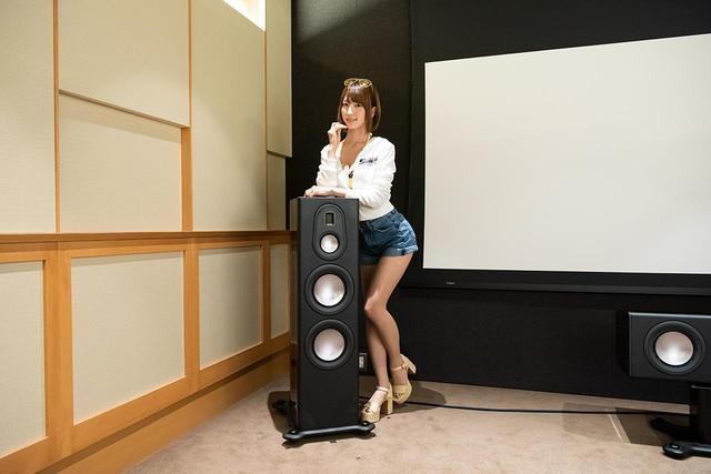 画像: 「清瀬まち」さん。レースクイーンの総選挙「日本レースクイーン大賞」の新人グランプリ最優秀新人賞のほか7代目のグランプリに輝いた実績のある人気レースクイーン。2019年はSUPER GT「KOBELCO GIRLS」、SUPER FORMULA「Raffine Lady」として活動中