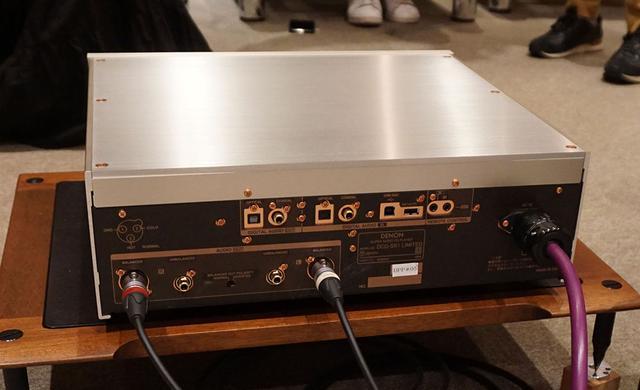 画像: DCD-SX1 LIMITEDのリアパネル