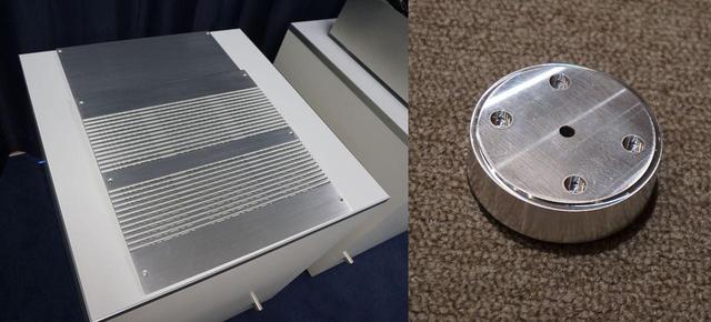 画像: 写真左はSX1 LIMITEDのトップカバーで、右はフット部分。どちらも超々ジュラルミンで作られている
