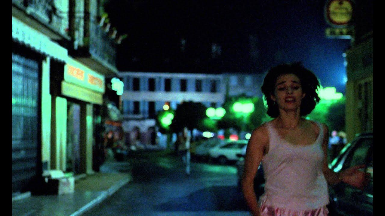 画像: ベティ・ブルー/愛と激情の日々(字幕版) www.youtube.com