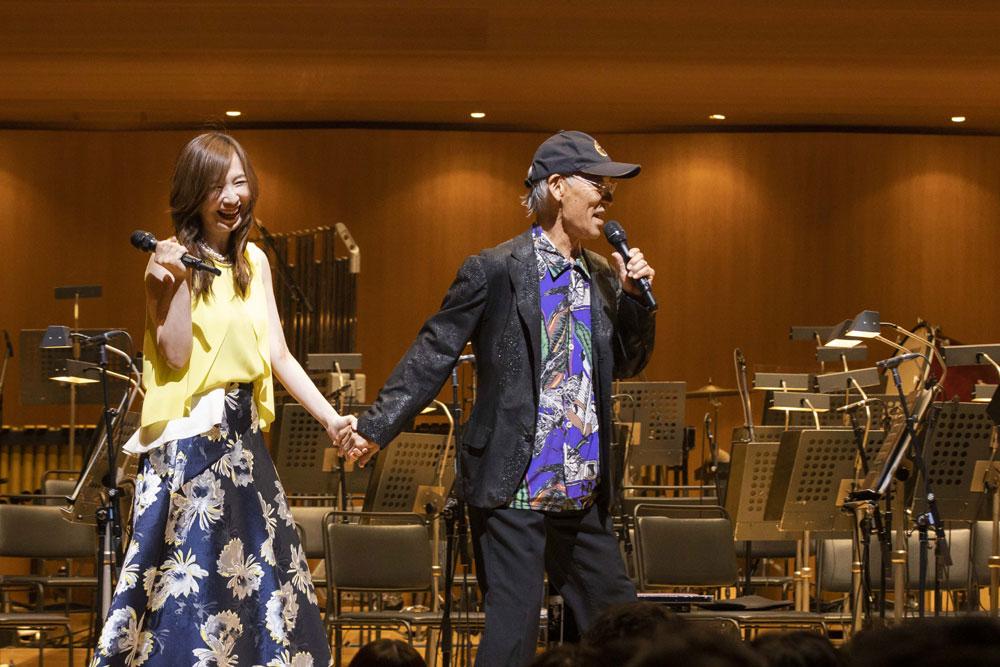 画像1: 上演後のスペシャル・トークでは、なんと森口博子も登壇!