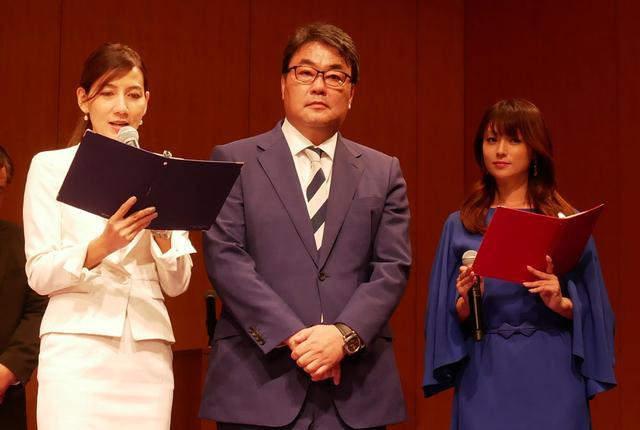 画像: BS日テレ4Kは、9月1日12:00開局。12:05より開局特番として、高橋大輔のアイスショー「氷艶」をオンエアする。中央はBS日本 中山社長