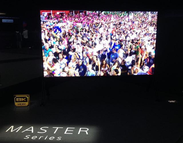 画像1: ソニーブースからプロジェクター展示が消えた! しかし「IMAX Enhanced」ブースでデモを発見してひと安心。ファームウェアアップデートもあり【御法川裕三のIFA2019散策 その14】