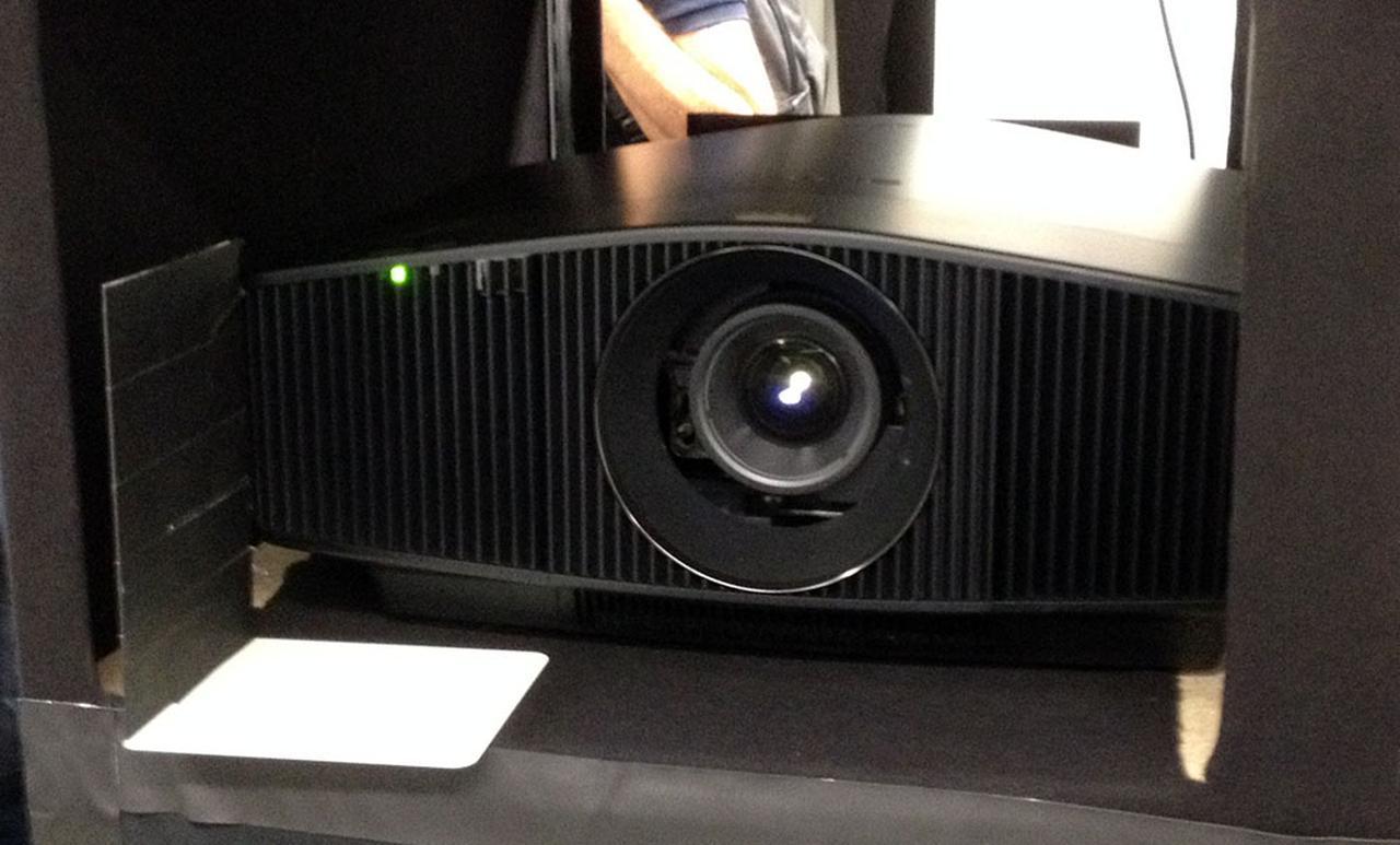 画像: ソニーブースからプロジェクター展示が消えた! しかし「IMAX Enhanced」ブースでデモを発見してひと安心。ファームウェアアップデートもあり【御法川裕三のIFA2019散策 その14】 - Stereo Sound ONLINE