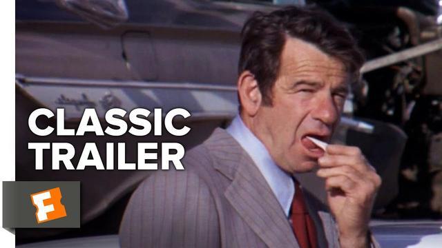 画像: CHARLEY VARRICK 突破口!1973年 製作/監督ドン・シーゲル 脚本ハワード・ロッドマン、ディーン・リーズナー 撮影マイケル・C・バトラー 音楽ラロ・シフリン 出演ウォルター・マッソー、ジョン・ヴァーノン、アンディ・ロビンソン、シェリー・ノース ニューメキシコのちっぽけな銀行で白昼の襲撃に成功したチャーリー・バーリック一味。だがモノにした大金をはマフィアの隠し金だった・・・。『ダーティ・ハリー』に続く監督シーゲルの犯罪アクション。 www.youtube.com