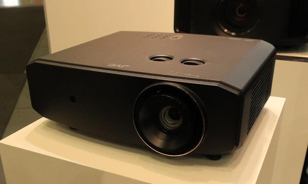 画像: 4K/HDR対応DLPプロジェクターの新モデル「LX-NZ3」
