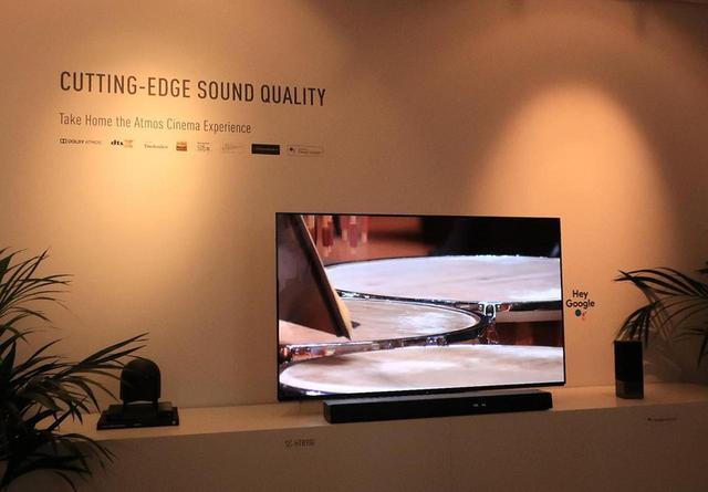 画像: 【麻倉怜士のIFAリポート2019】その9:パナソニック・サウンドバーの「ベルリン・フィルモード」は、実際のホールの響きを測定して作られていた - Stereo Sound ONLINE