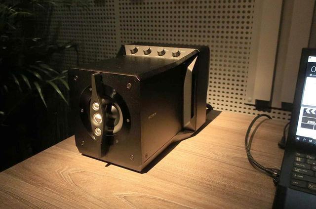 画像: 【麻倉怜士のIFAリポート2019】その11:革命的なニアフィールド+アクティブスピーカー「SA-Z1」をソニーが開発。試聴インプレッション付きでお届けする - Stereo Sound ONLINE