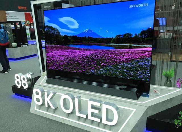 画像: 【麻倉怜士のIFAリポート2019】その6:LGの48型4K有機ELディスプレイを見た。リビングだけでなく、すべての部屋に有機ELテレビを置く時代がやってくる - Stereo Sound ONLINE