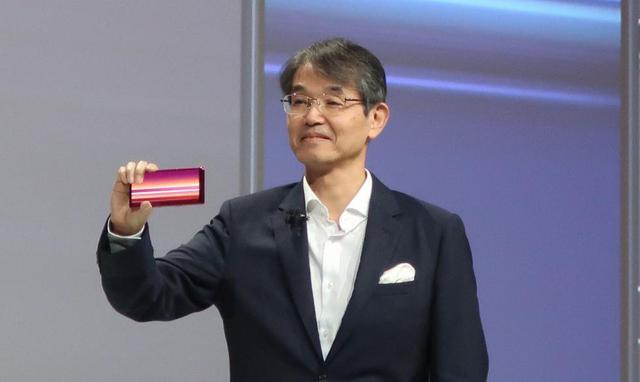 画像: ソニーのプレス・カンファレンスの主役、石塚茂樹氏。ソニーが近年掲げている「クリエイティビティとテクノロジーの力で、世界を感動で満たすことがソニーの存在意義である」という理念に言及。新しいオーディオについても追求