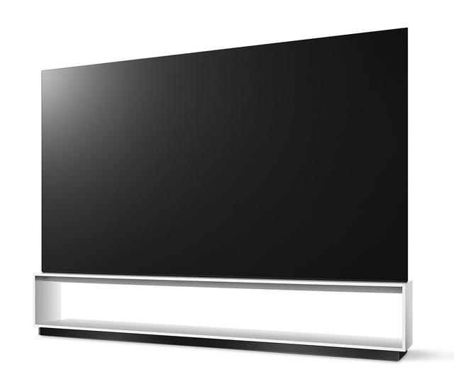 画像: 世界初の8K対応有機ELテレビ「OLED 88Z9PJA」。本体重量は104kgだが、スタンド部分を除くと42kgなので、壁掛け設置も不可能ではない