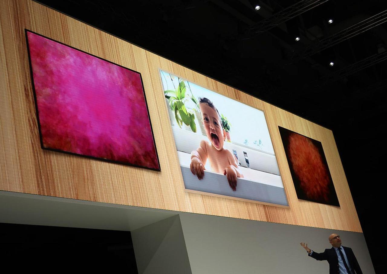 画像: 美術館テレビ「The Frame」の新型紹介。同じくプレス・カンファレンス