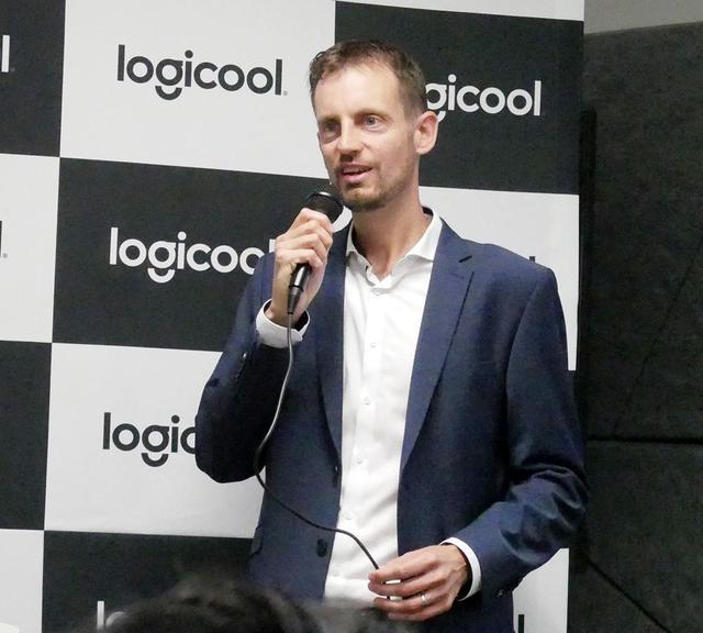 画像: 会見に合わせて来日した、Logitechのシニアプロダクトマネージャー ジョン・クリストフ・エメス氏