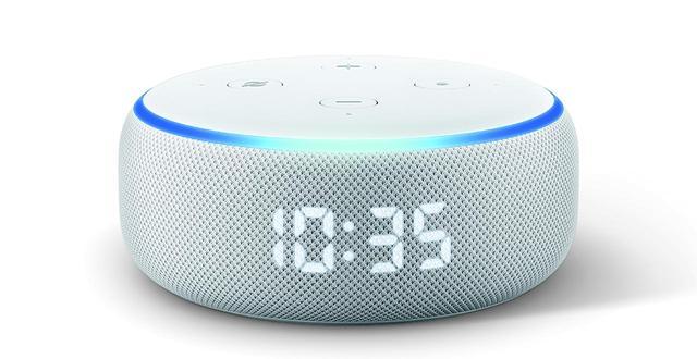 画像: ひとめでわかる時計機能を備えたEcho Dot with clock