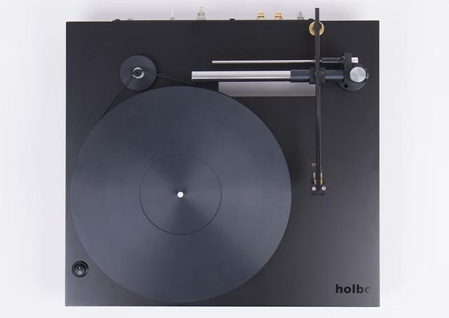 画像1: ストレスがなく、ハイスピードで現代アナログらしい音。「Holbo」のエアベアリング&リニアトラッキング式ターンテーブルの実力をじっくり聴いた