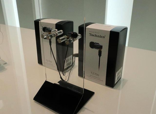 画像: 【麻倉怜士のIFAリポート2019】その10:テクニクス、世界初の、磁性流体フリーエッジドライバー「EAH-TZ700」ハイエンドイヤホンの音が素晴らしい - Stereo Sound ONLINE