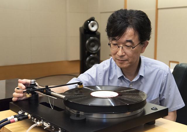 画像: 取材はステレオサウンド試聴室で行なった。カートリッジには重さ9.5gのマイソニックラボ「Eminent GL」を使用
