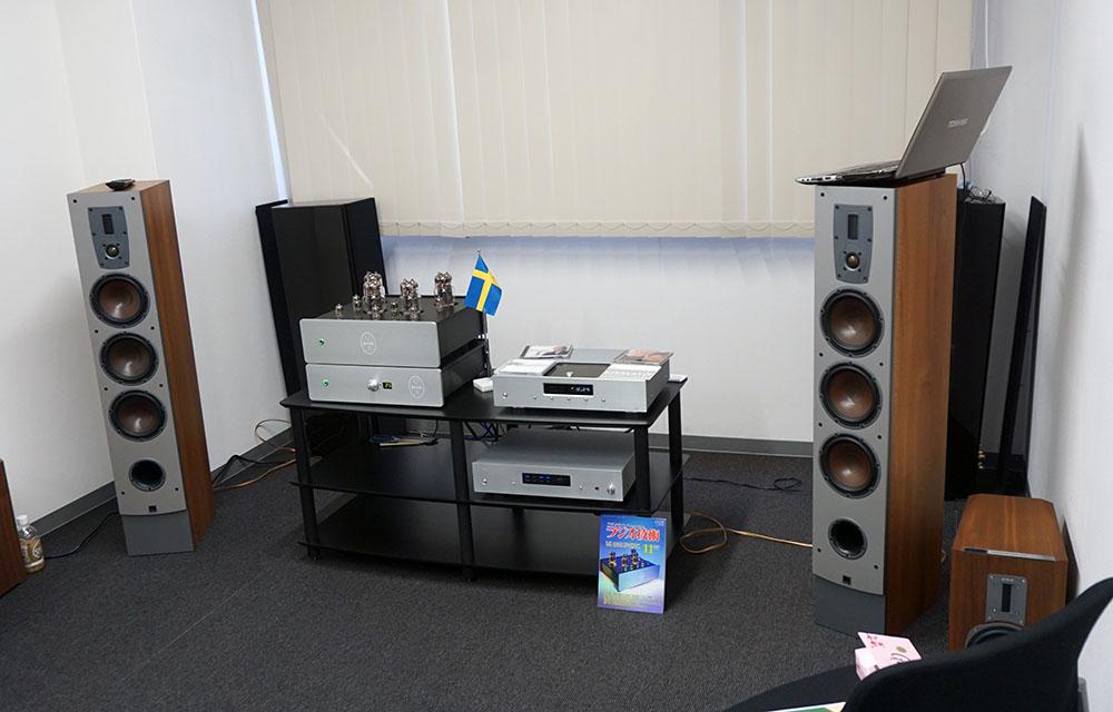 画像: C.E.C.のCDプレーヤーやD/Aコンバーターとの組み合わせで音をデモしていた