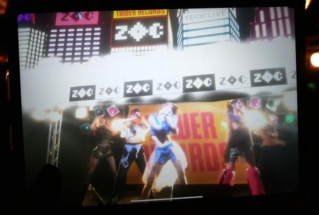 画像: ▲実際にZOCのステージにバーチャル映像を付加した、タブレット上の画面