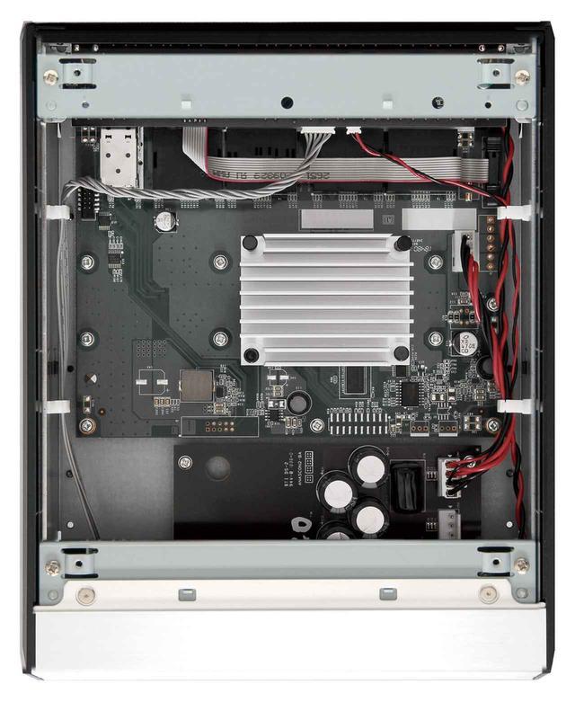 画像5: DELA、ハイレゾ対応デジタルミュージック・ライブラリー「N1/3」シリーズ、ネットワークスイッチ「S100」を発表。SSDモデル「N1Z/3-S40」では4TB SSDを搭載し、ブラック仕様もラインナップ
