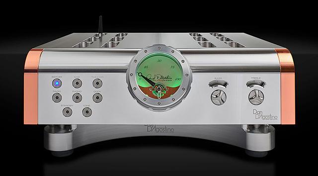 画像1: Dan D'Agostinoから、究極のプリアンプ「MOMENTUM HD PREAMPLIFIER」が発売決定。6年ぶりに、内部回路すべてを刷新するグレードアップを実現