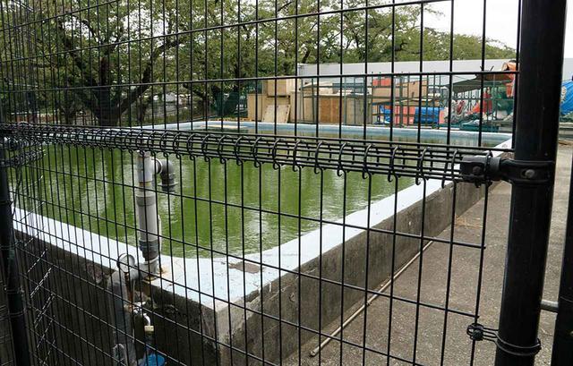 画像: 東宝スタジオ内にはかつて大型プールがあり、特撮シーンの撮影などに使われていた。2003年から始まった改造計画でそのプールは解体されてしまったが、今でも小型プールは残っている。ただし撮影で使うことはほとんどないようだ