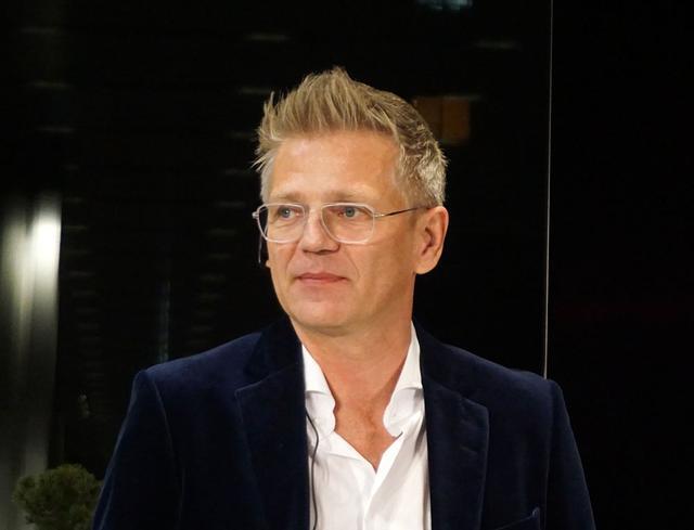 画像: B&Oデンマーク本社コンセプト マネージャーのKresten BjornKrab-Bjerre氏