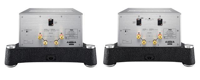 画像: 左がTAD-M700のリアパネルで、右はTAD-M700S。入力端子以外はほぼ同一だ