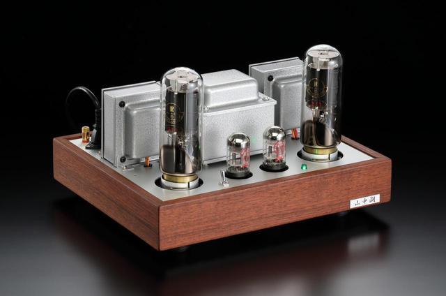 画像: 「マイ・ハンディクラフト」では上杉研究所 藤原伸夫氏による300Bシングル・パワーアンプ、カトレアの小池儀治氏による211シングル・パワーアンプの2モデルが登場です。出力管は前者がプスヴァンWE300B、後者がチェコKR211。いずれも直熱3極管の本領をストレートに発揮させるアンプです。ステレオサウンドストアで実機を頒布します。