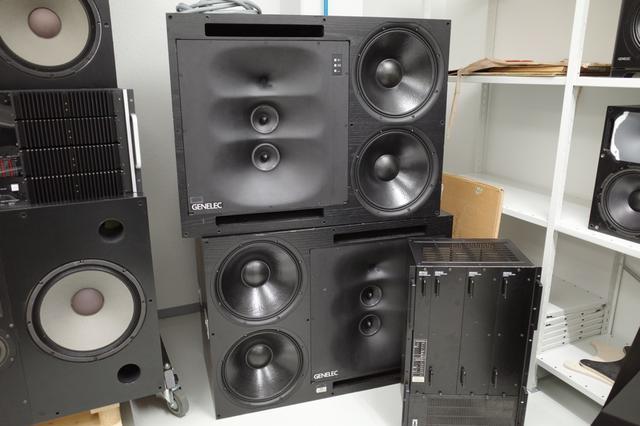 画像: 著名スタジオにラージモニターとして導入され、世界中の音楽を作り上げてきた名機がこの「1035A」だ。ハイパワーかつ低歪み性能は圧倒的で、信頼性、安定性にも優れている