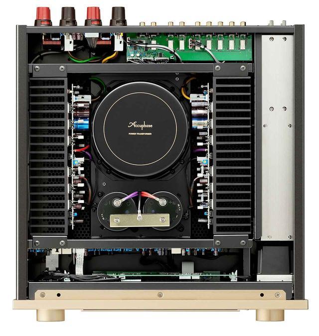 画像1: アキュフェーズの創立50周年記念モデル第一弾は、純A級プリメインアンプの「E-800」。定価¥980,000で、11月下旬の発売予定