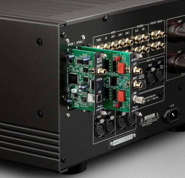画像3: アキュフェーズの創立50周年記念モデル第一弾は、純A級プリメインアンプの「E-800」。定価¥980,000で、11月下旬の発売予定