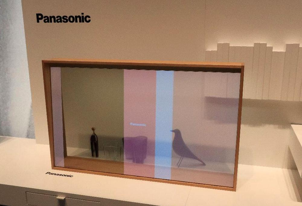 画像: 同じく透明有機ELテレビ。こちらは窓ガラスのようなイメージ