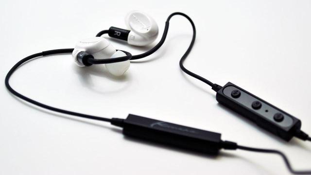 画像: Kinera、ブランド初のワイヤレスモデル「SIF・B」を10月18日に発売。価格は6300円前後。同時にセットのBTレシーバー「CDB001」の単品発売も - Stereo Sound ONLINE